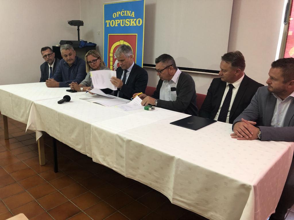 """Potpisan Ugovor o izgradnji vodovoda """"Gređani"""""""