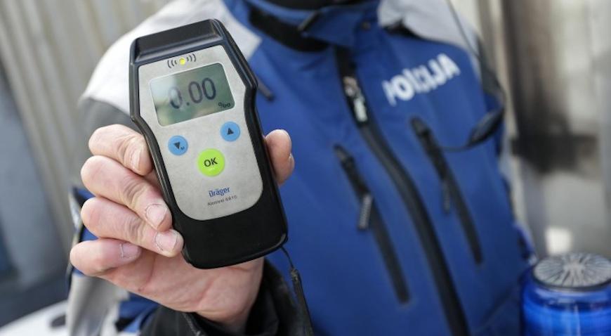 Trijezan vozač udario pješakinju pod utjecajem alkohola od 2 promila