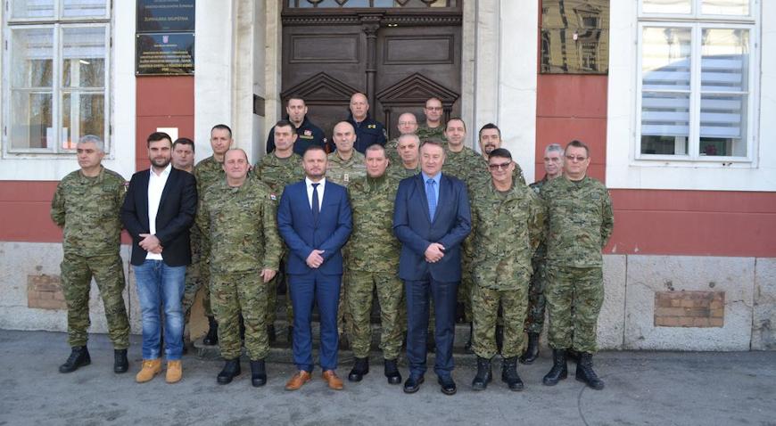 """Županijsko vodstvo primilo nastavnike i polaznike Ratne škole """"Ban Josip Jelačić"""""""