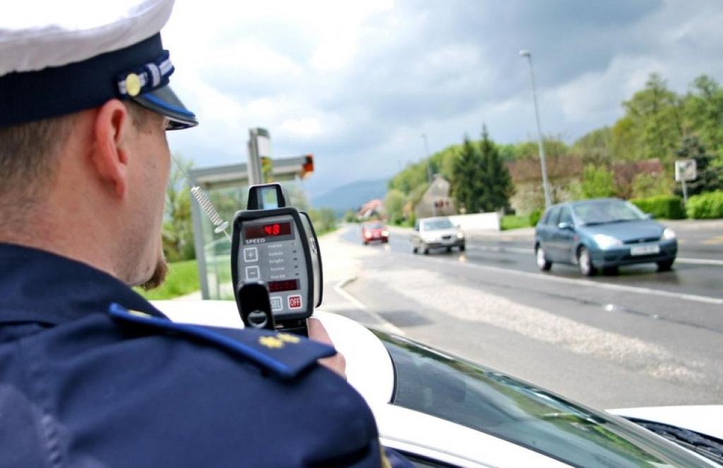 Nijemac autocestom jurio 213 km/h