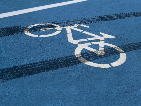 Pijani biciklist u Sisku imao bliski susret s betonom