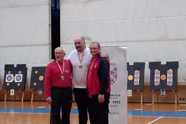 Koros bogatiji za još jednu medalju – bronca u Zagrebu pripala Eduardu Zinki