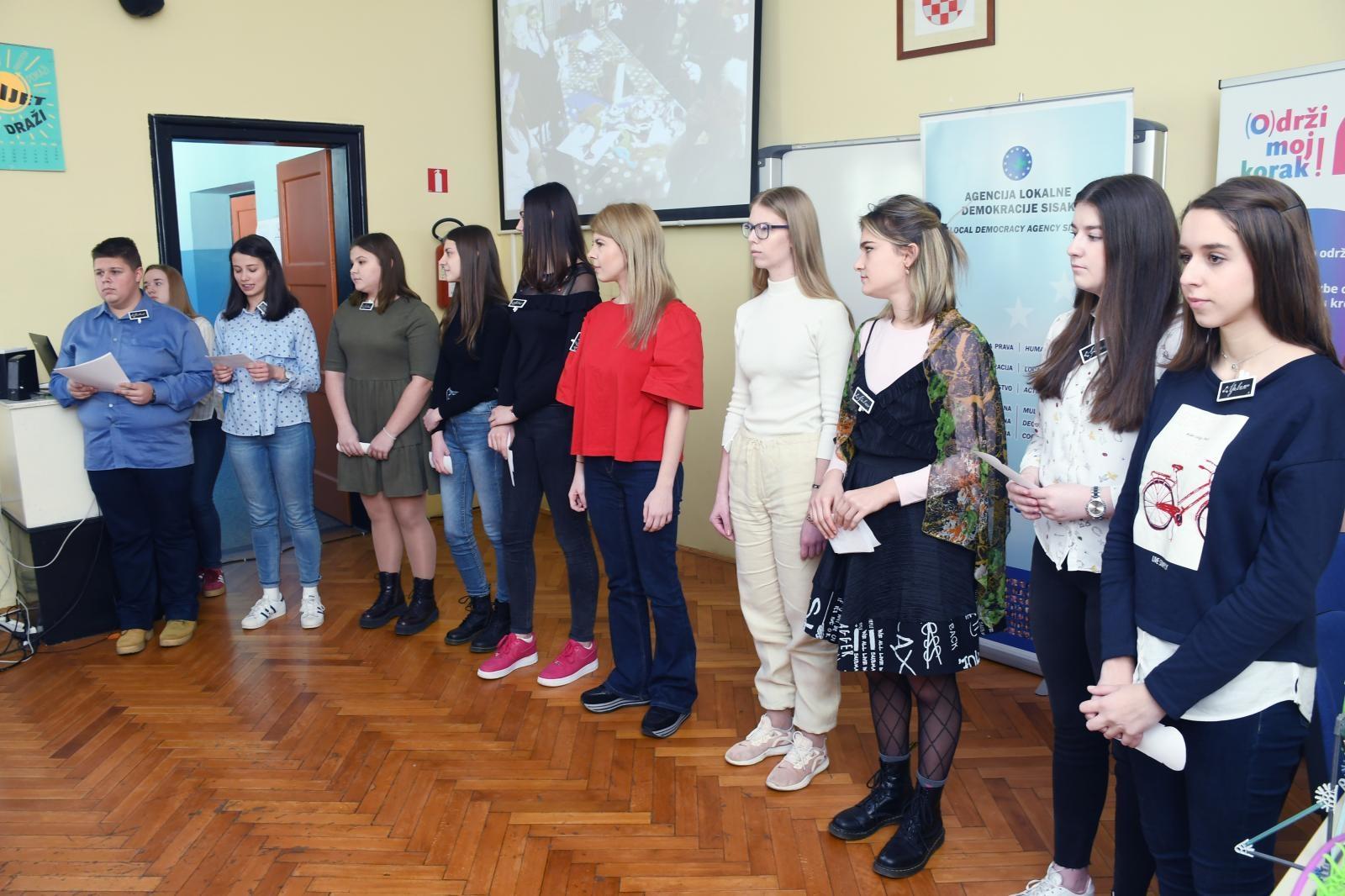 Sisački gimnazijalci pokrenuli vlastiti volonterski klub